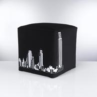 d cor noir pour chambre d 39 ado objet d co et utile la fois le pouf en forme de d id e. Black Bedroom Furniture Sets. Home Design Ideas