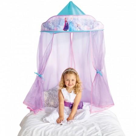 ciel de lit rose pour décorer une chambre de fille en chambre de