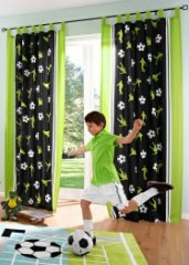 D coration et meuble football pour chambre d 39 enfant for Rideau chambre ado garcon