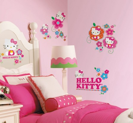 stickers kitty pas cher grand modèle pour décoration murale chambre fille stickers repositionnables hello kitty fille 2 ans, 3 ans, 4 ans, 5 ans, 6  ans.jpg