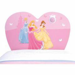 dormir dans un lit de princesse un superbe carosse pour meubler une chambre de fille meubles. Black Bedroom Furniture Sets. Home Design Ideas