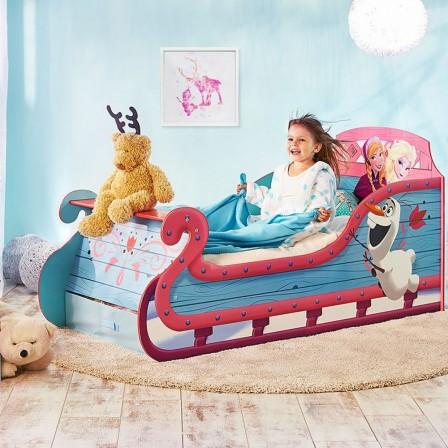 Lit pour chambre de fille lit original pour am nager une chambre de fille lit voiture lit for Chambre de petite fille de 8 ans