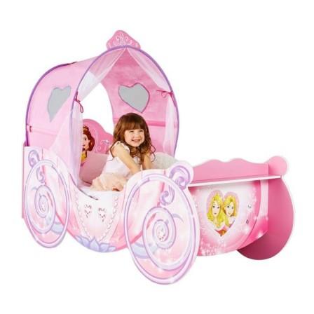 lit pour chambre de fille lit original pour am nager une chambre de fille lit voiture lit. Black Bedroom Furniture Sets. Home Design Ideas