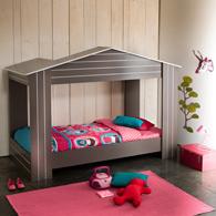lit cabane pour chambre d 39 enfant id e d 39 am nagement et de gain de place dans une chambre d. Black Bedroom Furniture Sets. Home Design Ideas