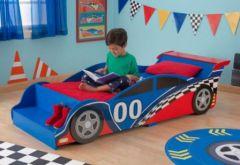 chambre fillette 2 ans meuble chambre d enfant le lit voiture pour une - Chambre Garcon 2 Ans