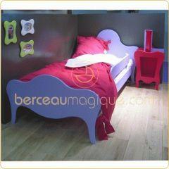 lit forme orignal pour fille disponble en 15 couleurs lit enfant tendance moderne