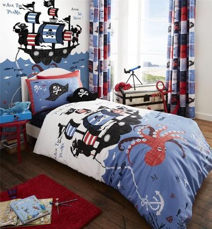 lit pirate lit pour chambre de pirate et housse de couette de pirate meuble et linge de lit. Black Bedroom Furniture Sets. Home Design Ideas