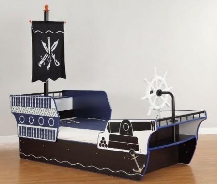d corer la chambre d 39 un gar on sur le th me des pirates linge de ilt accessoires et d co de. Black Bedroom Furniture Sets. Home Design Ideas