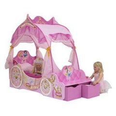 lit carosse fille lit princesse lit original mobilier princesse pour chambre de fille