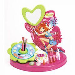 Nouveautés , Un max didées cadeaux pour les filles qui aiment se maquiller  Atelier Beauté Bloom ! Plus de 25 produits et accessoires de maquillage pour