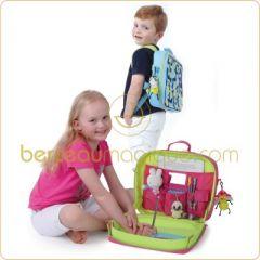 des id es pour occuper les enfants dans une voiture le pupitre de voiture pour emporter. Black Bedroom Furniture Sets. Home Design Ideas