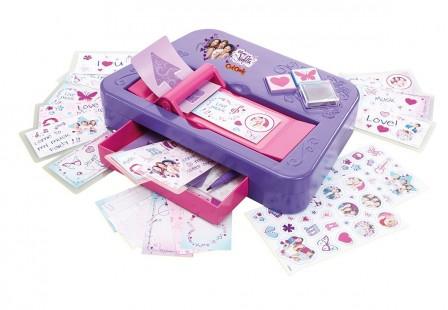 violetta jeu jouet cadeau id e cadeau violetta disney. Black Bedroom Furniture Sets. Home Design Ideas