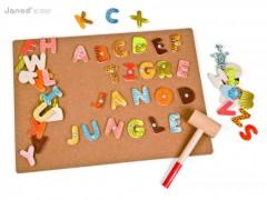 jeu de clou enfant 4 ans, 5 ans, 6 ans, 7 ans, 8 ans jeu janod alphabet clou et marteau en bois enfant pour ecrire des mots pas cher original.jpg