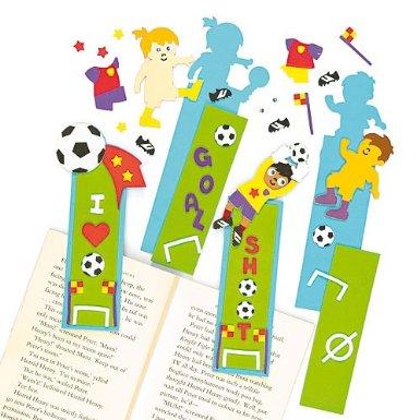 football bricolage activit s manuelles loisirs creatifs foot pour enfant id es cr atives. Black Bedroom Furniture Sets. Home Design Ideas