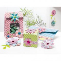 bricolage noel fabriquer une bo te cadeau pour chocolat. Black Bedroom Furniture Sets. Home Design Ideas