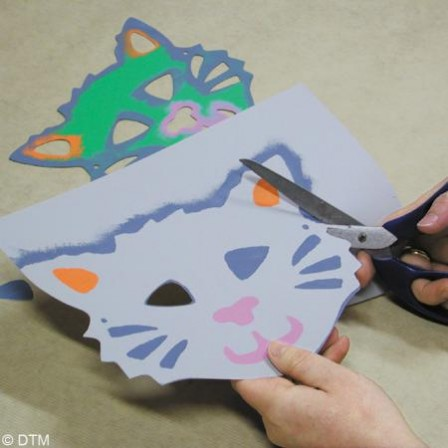 fabriquer masque pour le carnaval id es bricolage pour enfants et activit s manuelles. Black Bedroom Furniture Sets. Home Design Ideas
