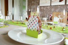 p ques deco de table fabriquer panier oeuf de p ques pour offrir des chocolats et decorer. Black Bedroom Furniture Sets. Home Design Ideas