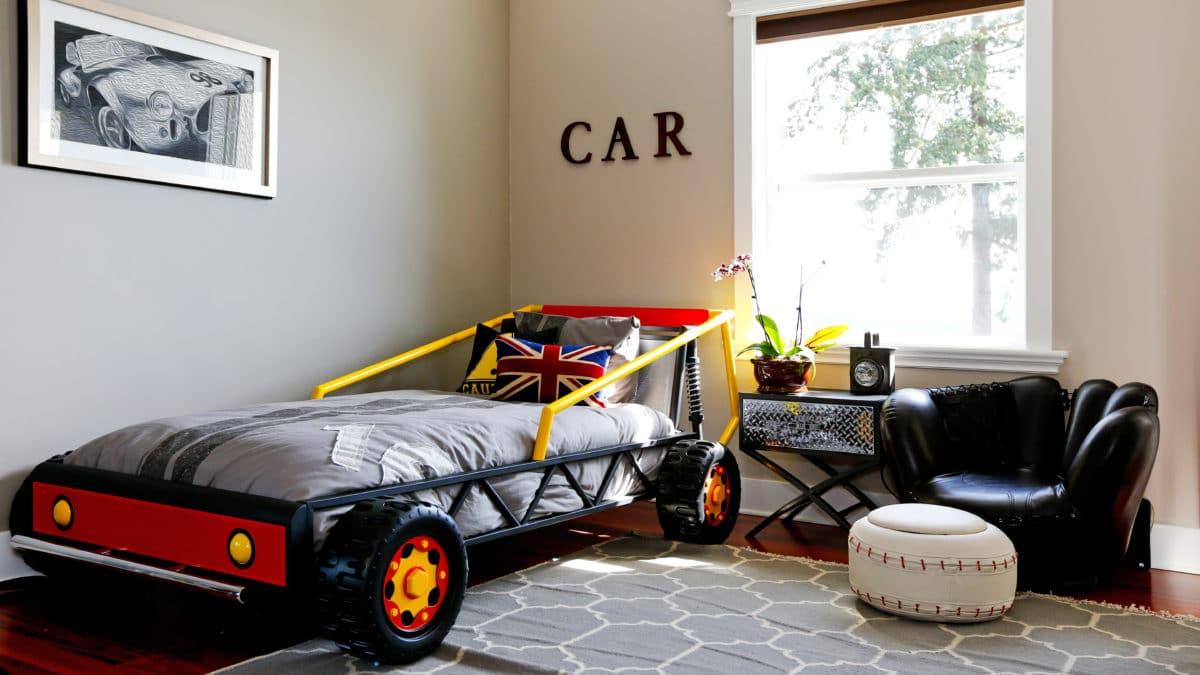 Meuble chambre d'enfant – le lit voiture pour enfant, une imitation de la formule 1 – Lit original pour garçon