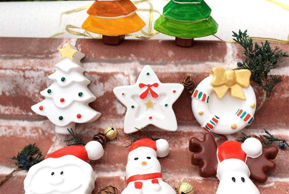 Fabriquer des décors de Noel en plâtre : bricolage d'objets pour le sapin de Noêl