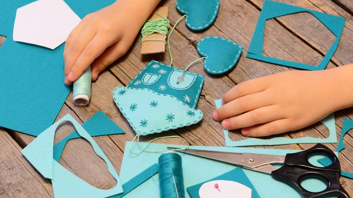 Kits pour enfant : apprendre à coudre, initiation à la couture pour enfants – Apprentissage couture pour débutant – couture facile enfant