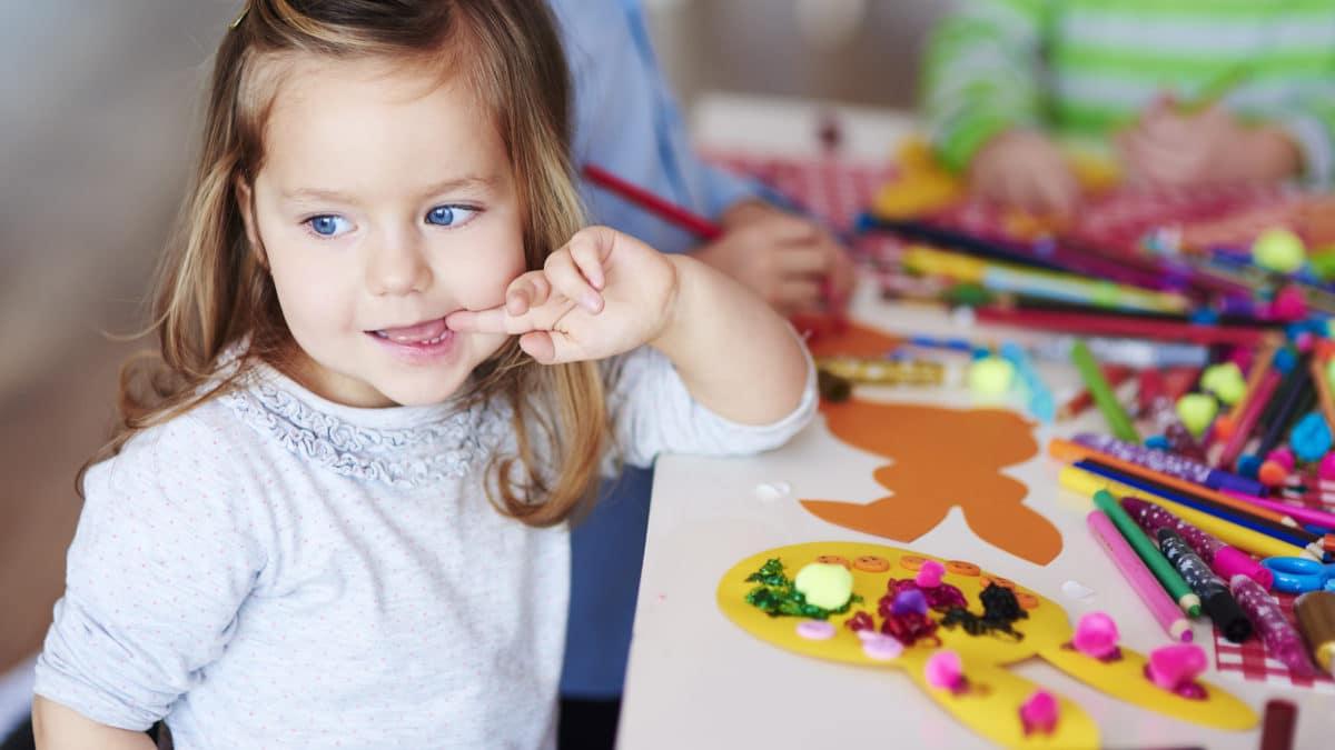Activités paques assistante maternelle, loisirs creatifs, activites manuelles, fiches créatives de paques pour enfant 3 ans, 4 ans, 5 ans, 6 ans et plus