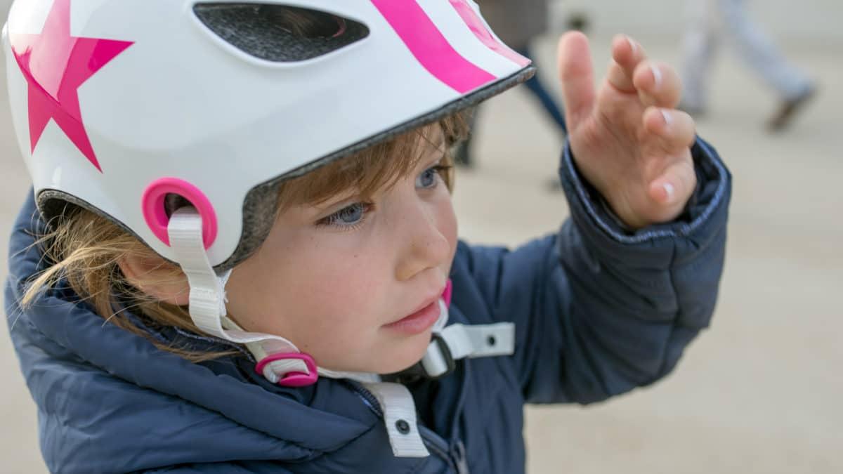 Acheter un casque velo enfant pas cher ; casque de protection enfant pour velo, draisienne, patinette