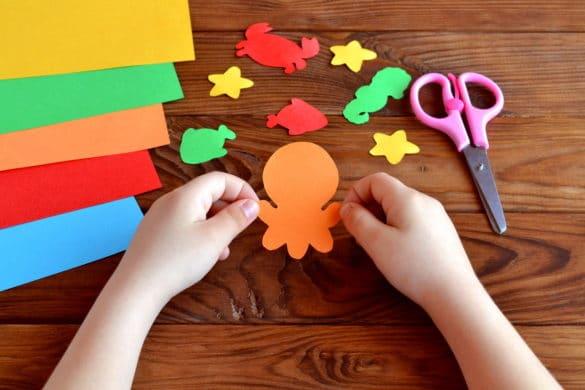 matériel et idées créatives pour occuper les enfant pendant les vacances