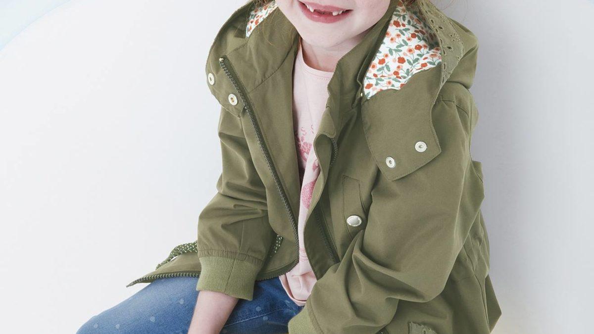 Vêtements fille du 2 au 12 ans : parka, trench, imperméable, ciré pour les filles – Mode et tendance vêtements pour les filles