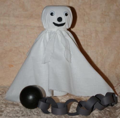 Bricolage d'halloween avec les enfants : fabriquer des décorations : citrouille, araignées et fantômes