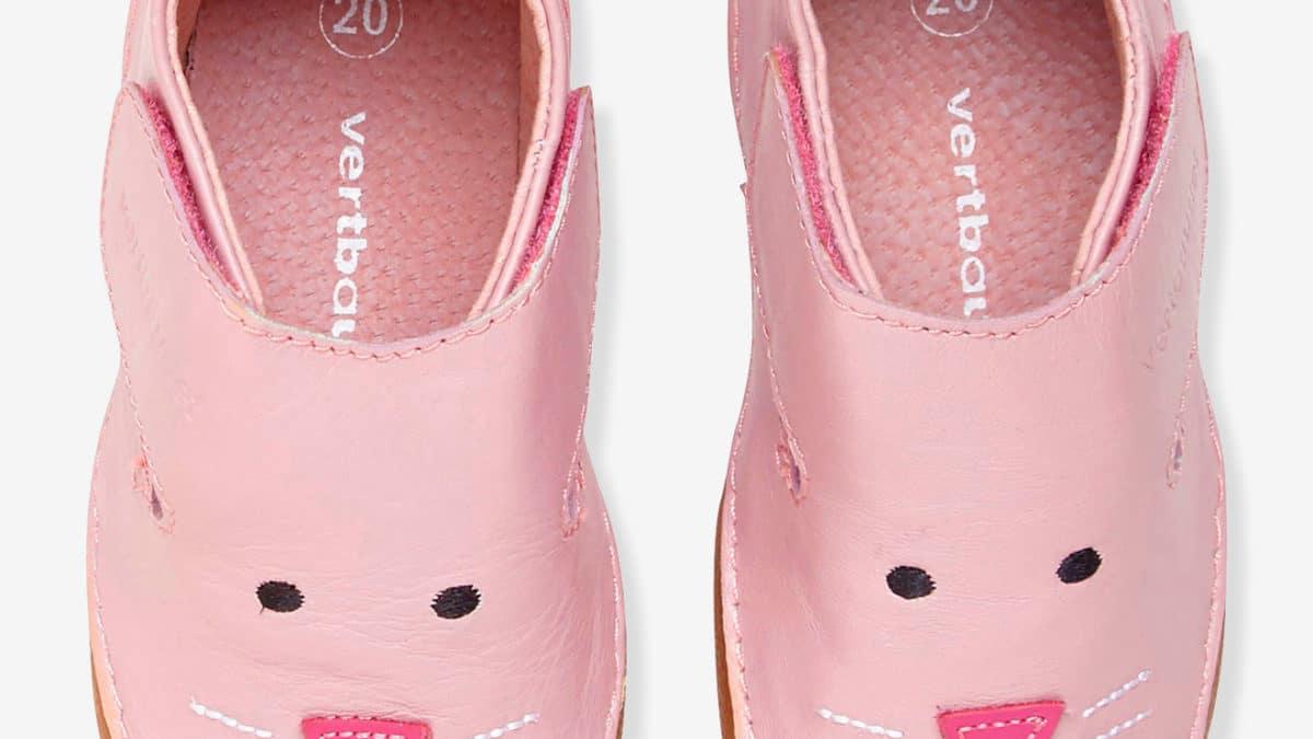 Chaussons en cuir souple pour les petites filles