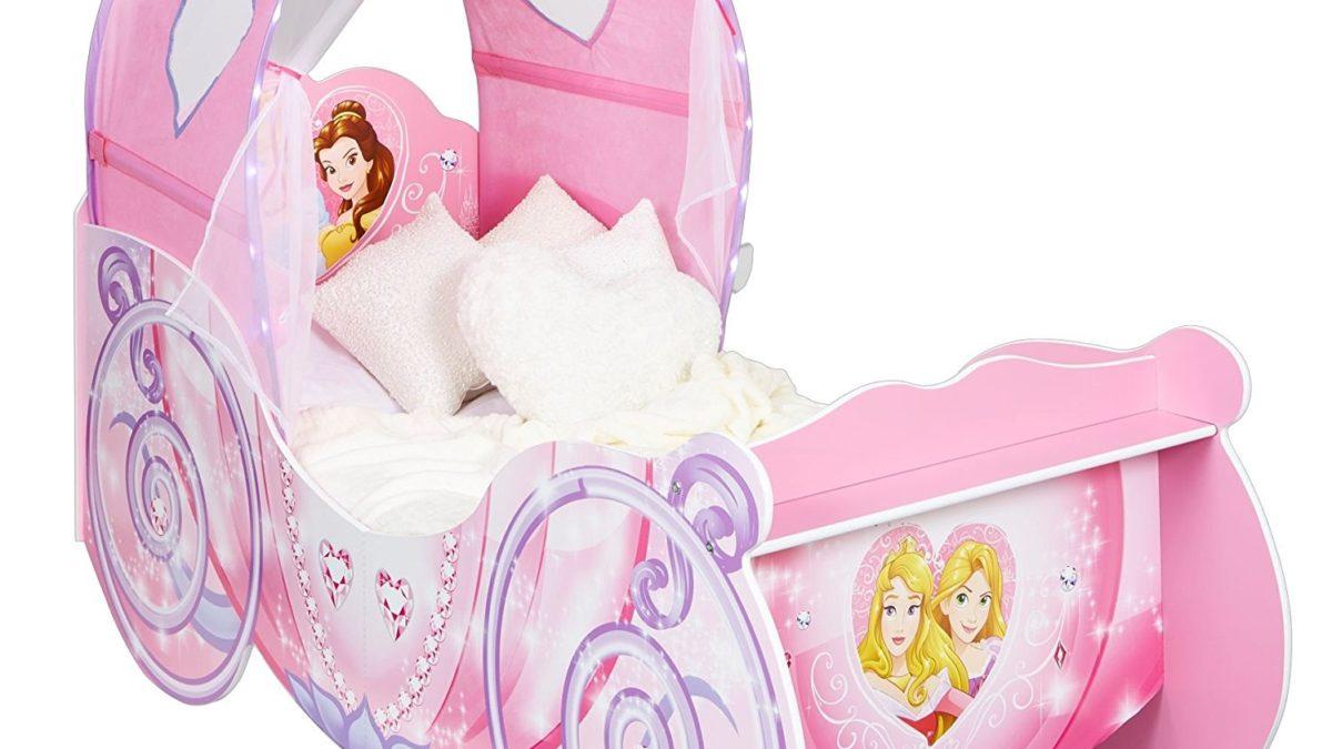 Dormir dans un lit de princesse : un superbe carosse pour meubler une chambre de fille – Meubles et décoration de princesses