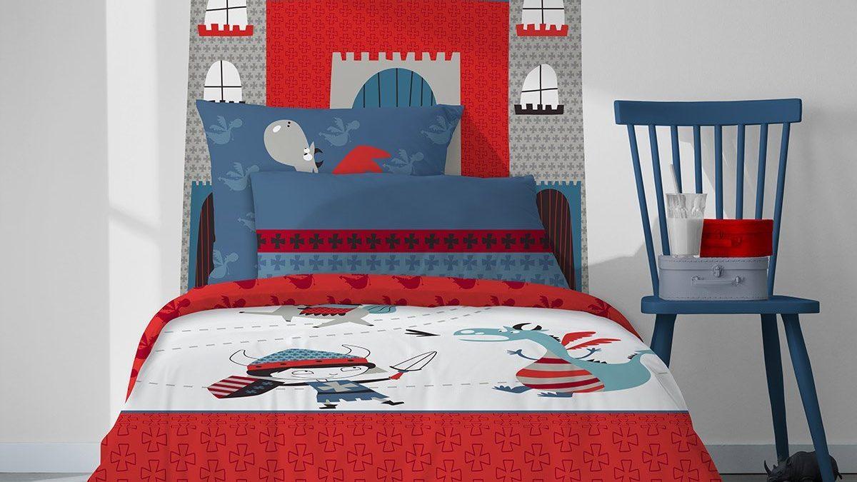 Meubles pour chambre de chevalier : le lit pour enfant de chevalier et tête de lit en forme de donjon