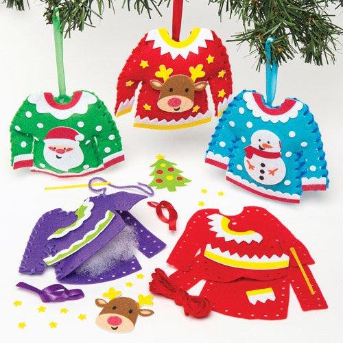 Fabriquer des décorations de sapin en laine pour Noël – Modèle de mini-pulls en laine à tricoter pour la déco de Noël
