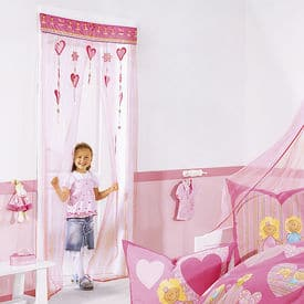 decoration chambre de fille : le décor porte princesse