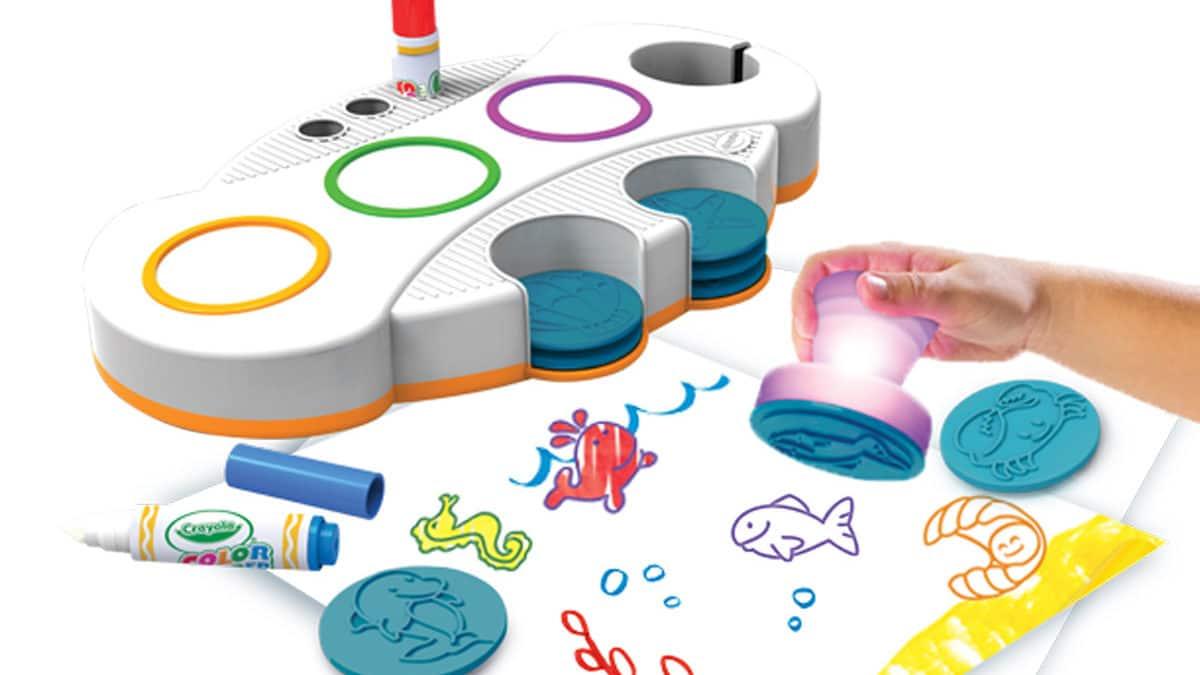 Idée de bricolage et d'activités manuelles avec des tampons mousse
