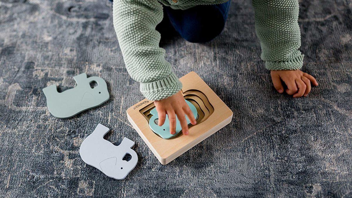 Jouets d'eveil 1er âge : idées cadeaux