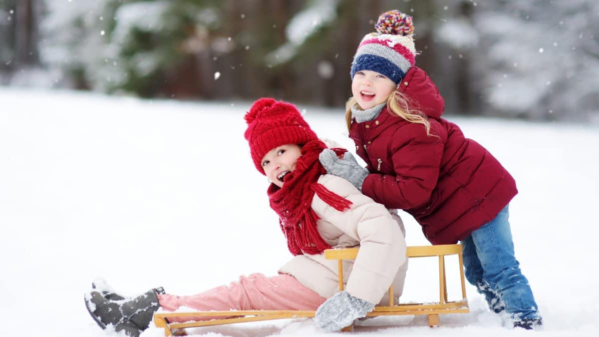 Manteau mode pour les filles de 2 à 12 ans : manteau à capuche bien chaud ! Vêtements fille 2 à 12 ans