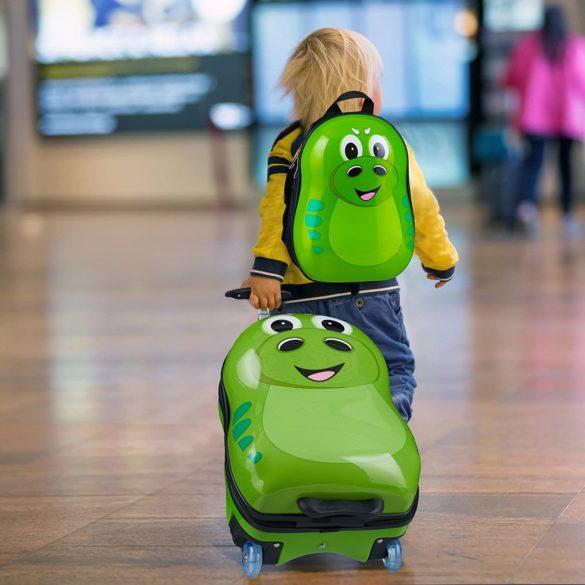 enfant tire une valise