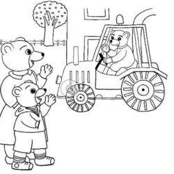 coloriage petit ours brun à la ferme avec un tracteur