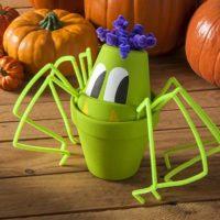 bricolage enfant halloween araignée avec pots