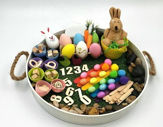 bac sensoriel de Pâques, inspiration montessori